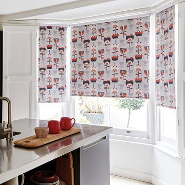 red roller blind in the kitchen-IMRIE-SCARLET