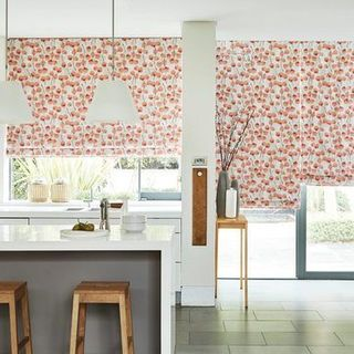 CORAL-ROMAN---KITCHEN---HONESTY-PERSIMMON